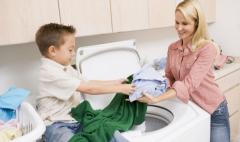 小型干洗店年毛利多少?洁丰过百万