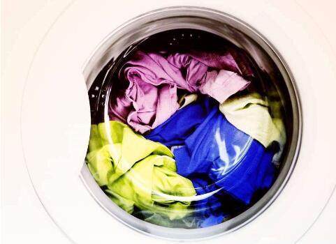 在社区开干洗店要多少钱?价格很公道