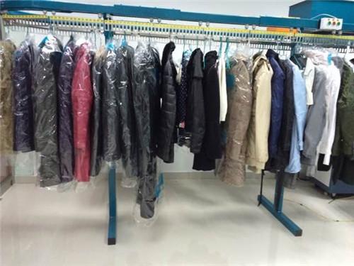 分析开一个洗衣店的成本要多少资金