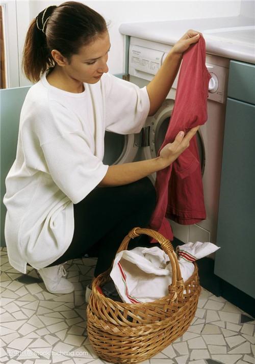 干洗店加盟费用资金要投入多少